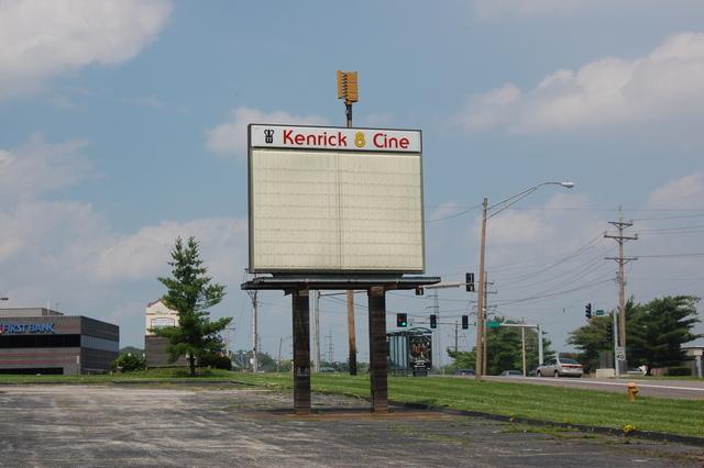 Kenrick 8 Cine