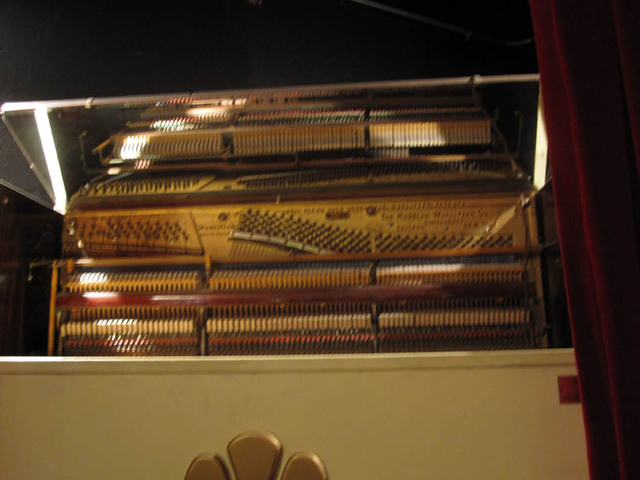 Renaissance Theatre (Mansfield, OH) - Slave piano connected to the organ