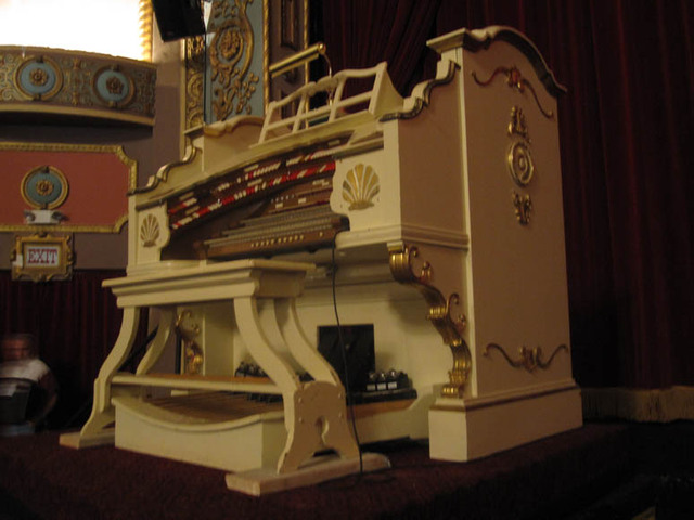 Renaissance Theatre (Mansfield, OH) - The Organ