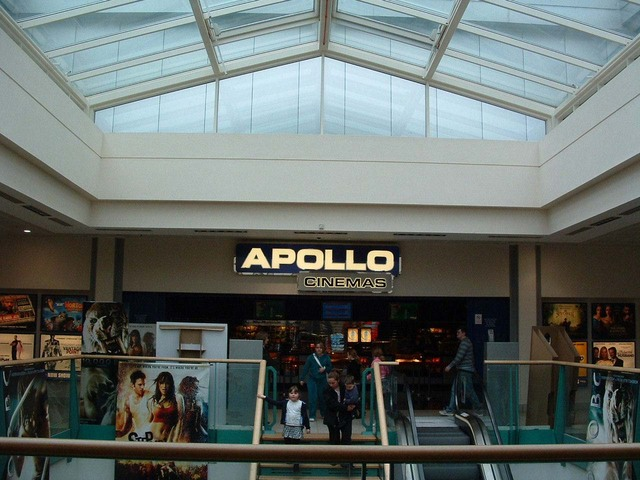 Entrance to Apollo Cinemas