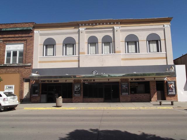 Grand Theatres
