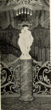 Statuary detail in the foyer of Loew's Paradise Theatre, New York in 1930