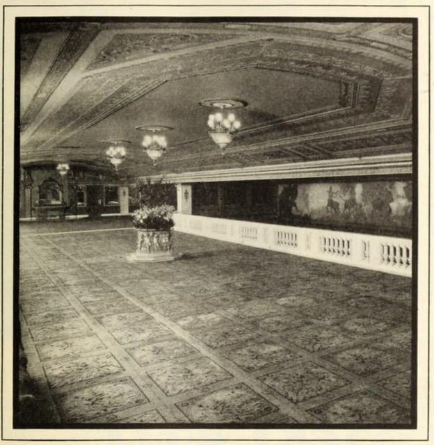 Mezzanine Lounge of the Capitol Theatre, New York in 1928