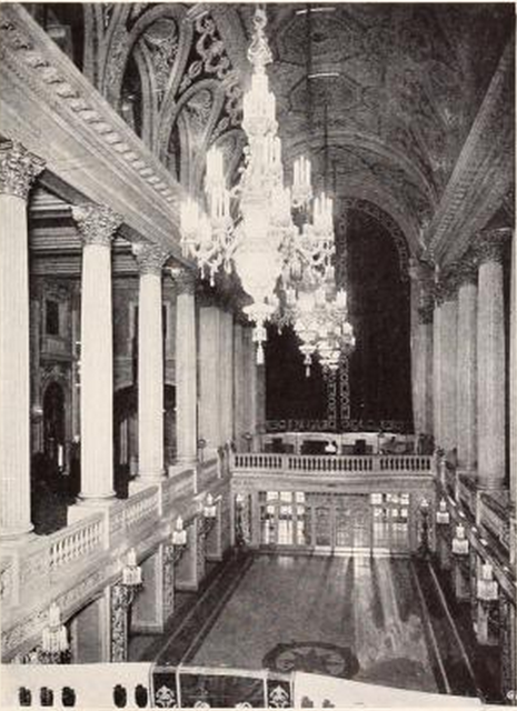 Tivoli Theatre, Chicago, IL in 1926 - Mezzanine Floor & Lobby
