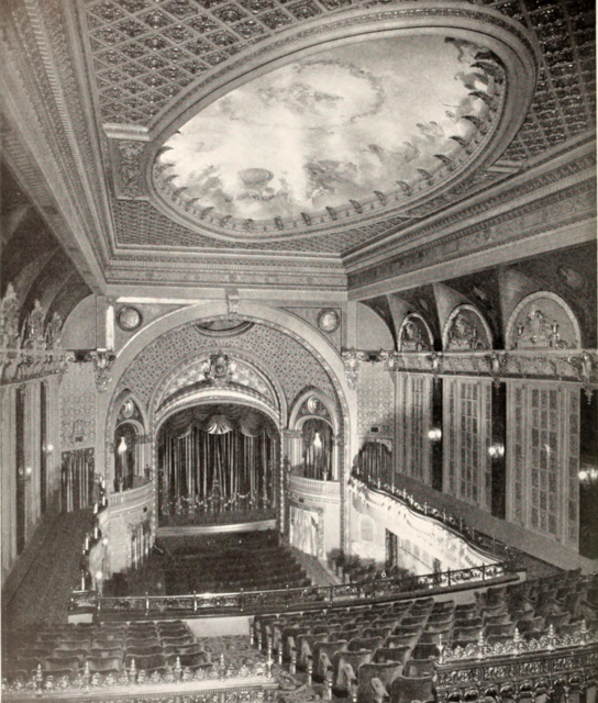 Tower Theatre, Los Angeles, CA in 1927 -  Auditorium