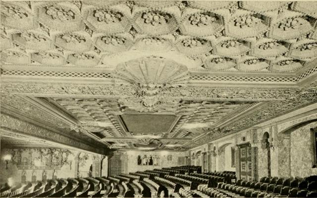 Louisville Theatre, Louisville, KY in 1928 - Auditoreum