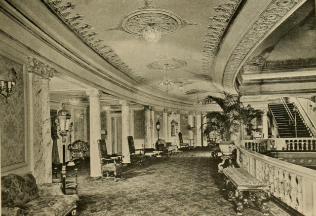 Earle Theatre, Philadelphia, PA in 1928 - Mezzanine Promenade
