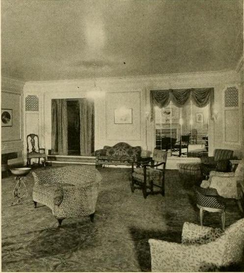 Stanley Theatre, Pittsburgh, PA in 1928 - Mezzanine Promenade