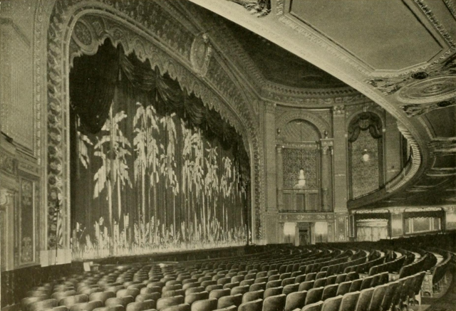 Stanley Theatre, Pittsburgh, PA in 1928 - Proscenium arch and auditorium
