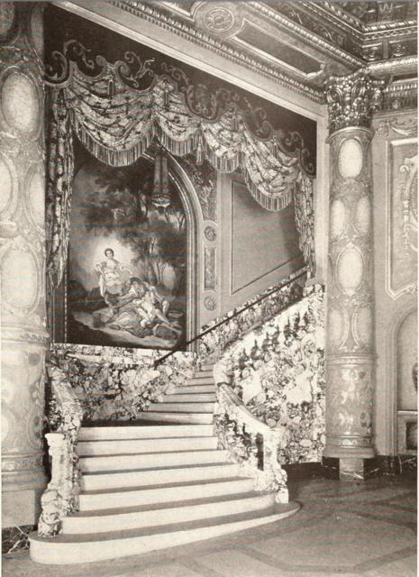 Mastbaum Theatre, Philadelphia, PA in 1929 - Foyer