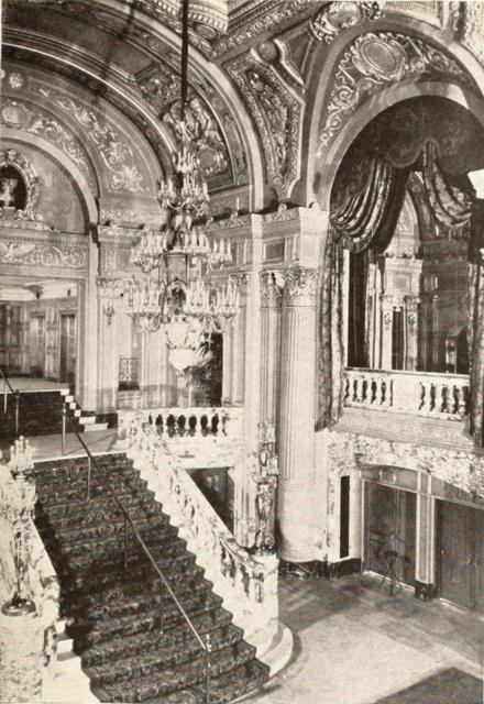 Mastbaum Theatre, Philadelphia, PA in 1929 - Main staircase & Grand Lobby