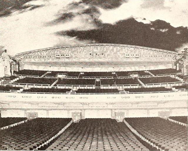 Loew's Valencia Theatre, Jamaica, NY in 1929 - Auditorium