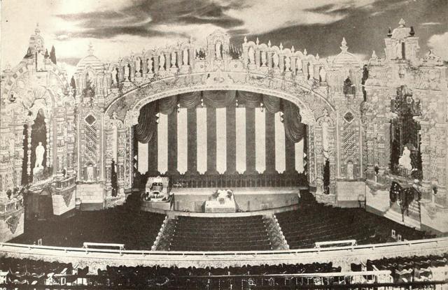 Loew's Valencia Theatre, Jamaica, NY in 1929 - Proscenium