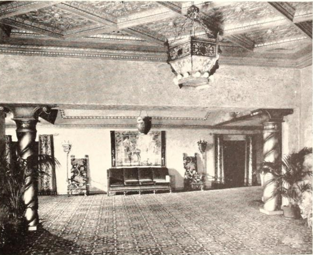 North Park Theatre, San Diego, CA in 1929 - Foyer lounge