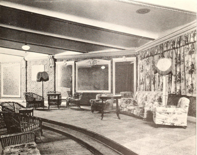 Grand Theatre, Shanghai, China in 1929 - Lounge