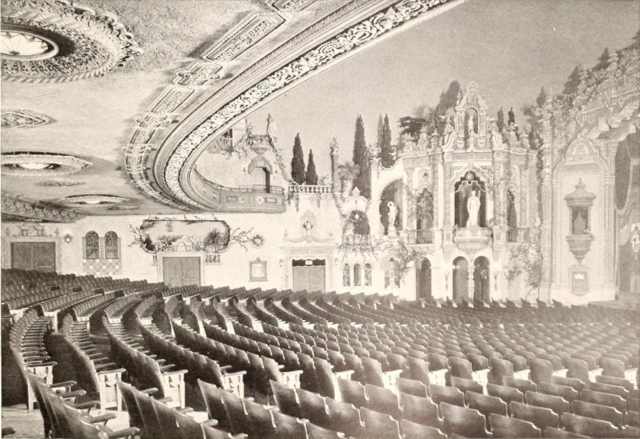Loew's Akron Theatre, Akron, OH in 1929 - Auditoreum