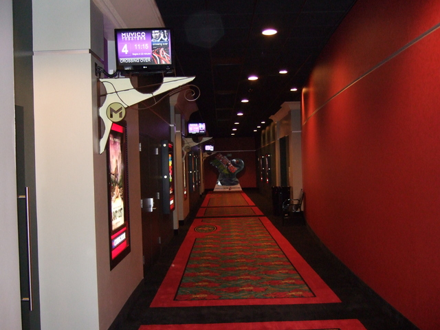 Carmike Thousand Oaks 14