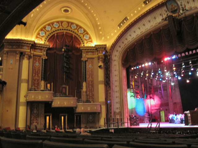 State Theatre (Cleveland, OH) - Maon Auditorium towards stage