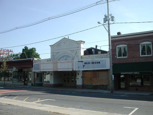 The Majestic Theater Before Renovations in 2001