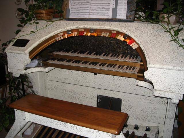 Dream Theatre Pipe Organ