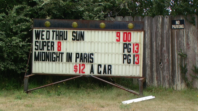 Red's Crescent Drive-In