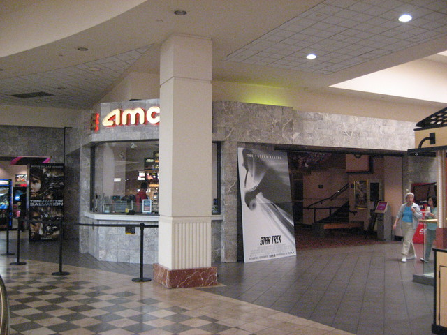 AMC Town Center 8