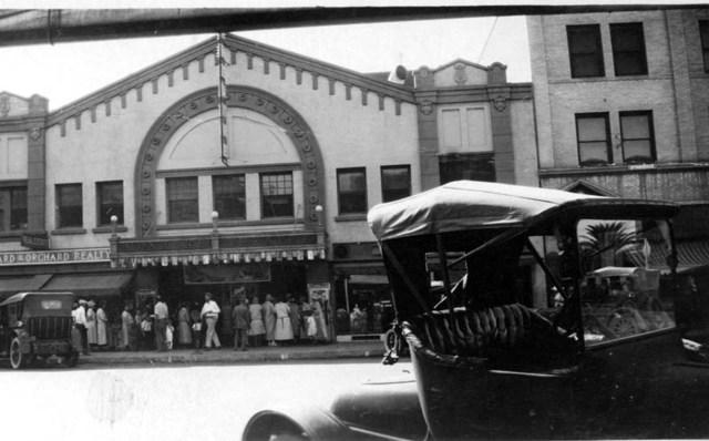 Monache Theatre - 1920