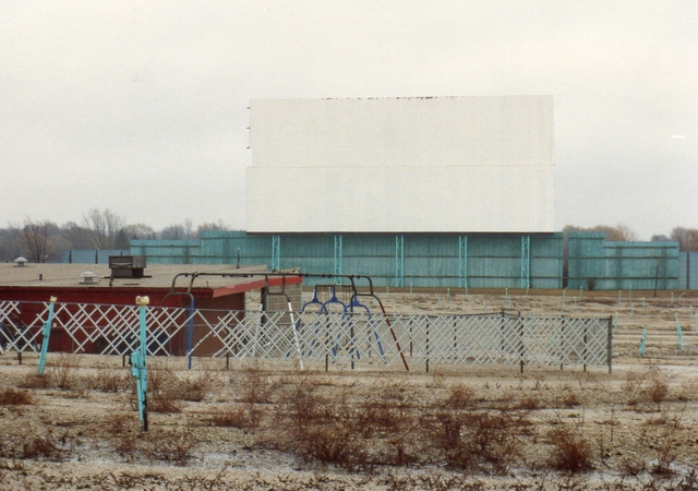 Screen/Concessions/Playground 1992