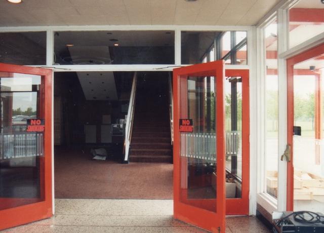 Interior 1992