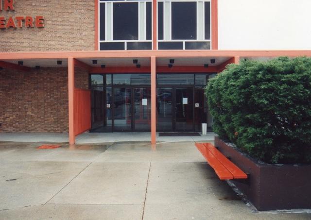 Entrance 1992