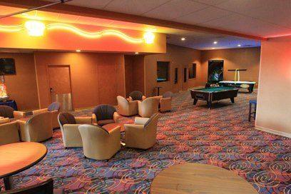 5 Star Lounge