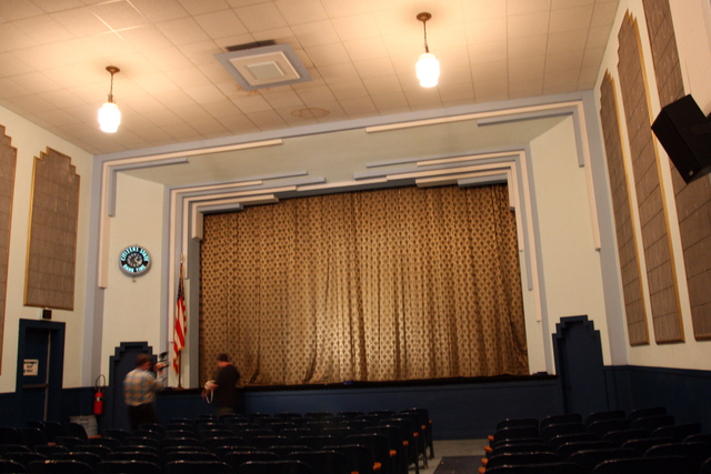 Ideal Theatre, Clare, MI - auditorium