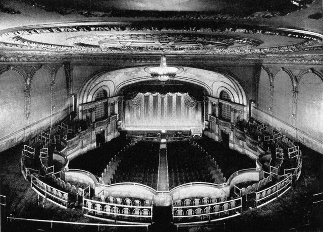 DRAKE Theatre; Chicago, Illinois.