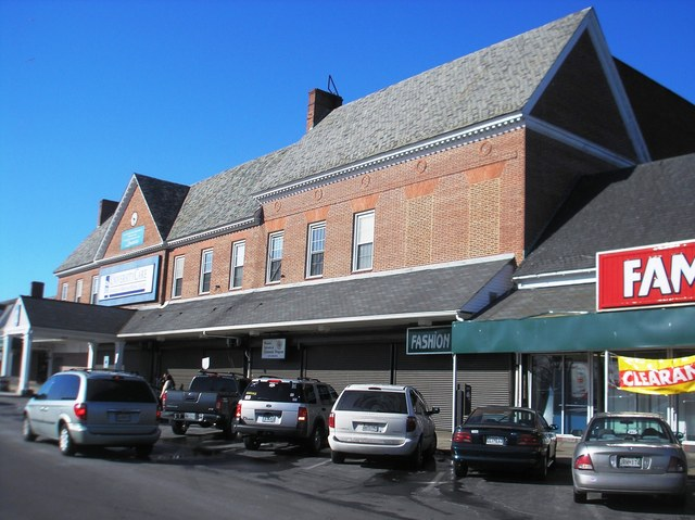 Edmondson Village Theatre