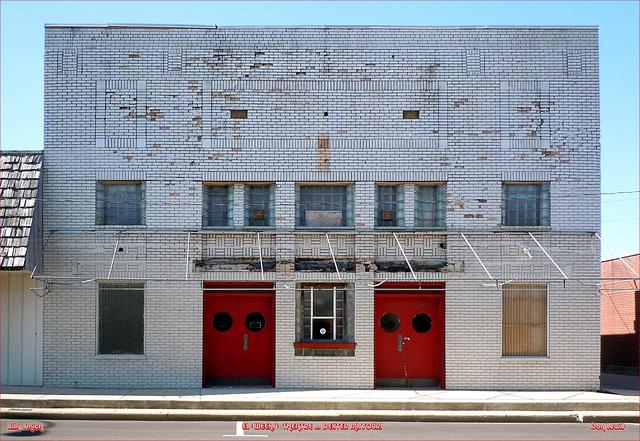EL Theatre ... Dexter Missouri