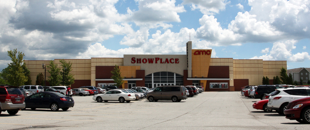 AMC Showplace Hobart 12, Merrillville, IN