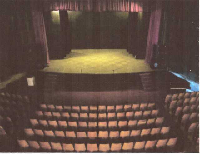 Cine-Teatro Fausto