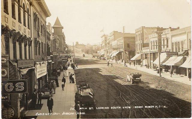 Lyceum Theater, 102 S Main St., Minot ND. 1911 Photo