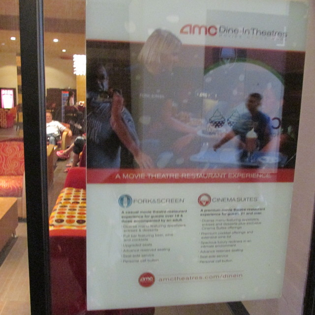 AMC Dine-In Menlo Park 12