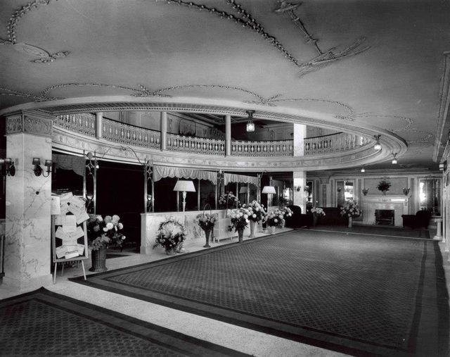 Madisone Theater: Peoria, IL. Inner Lobby and Rotunda - 1921