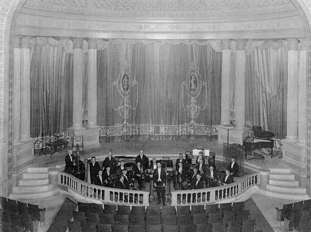 Madison Theater: Peoria, IL. Madison Orchestra in pit. - 1921