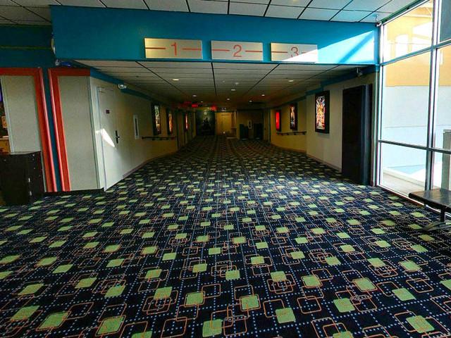 North Riverside Mall Theatre