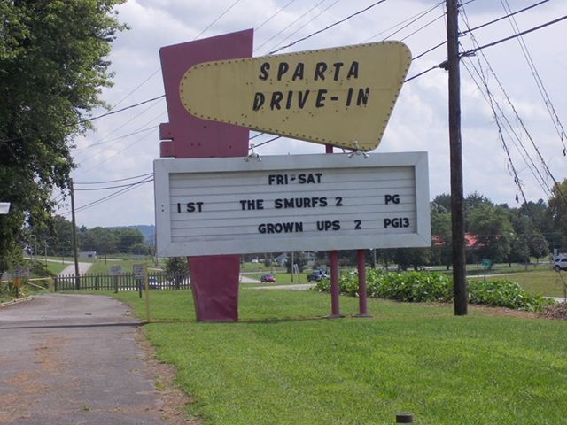 Sparta drive in in sparta tn cinema treasures for Drive in movie theaters still open
