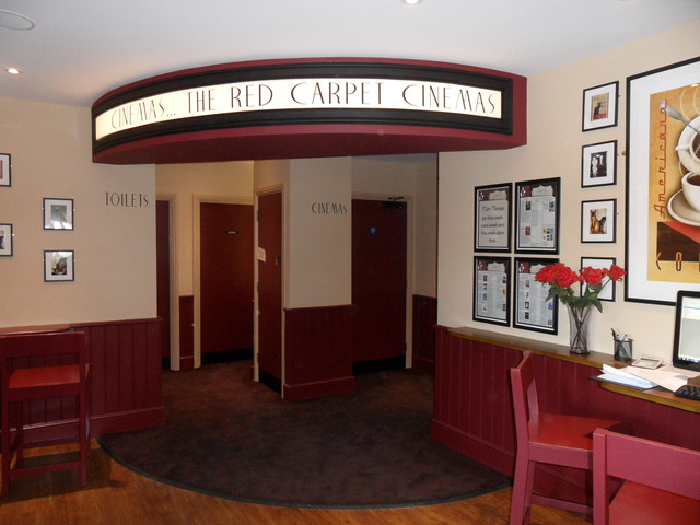 Red Carpet Cinema & Cafe