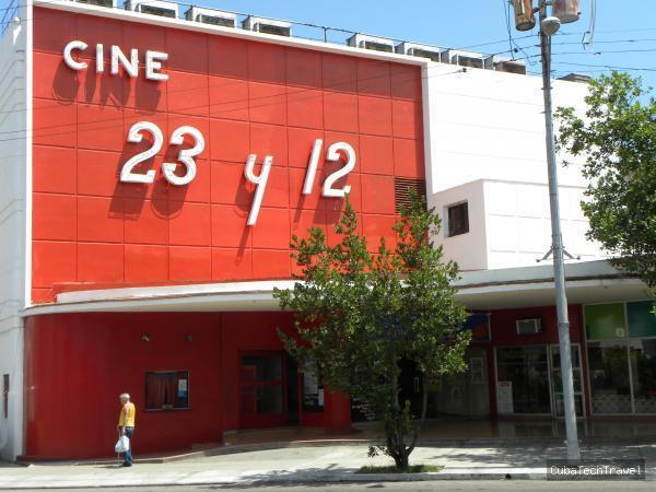 Cine 23 y 12