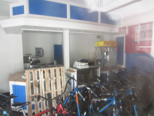 Lobby/Snack Bar/Bicycle Storage