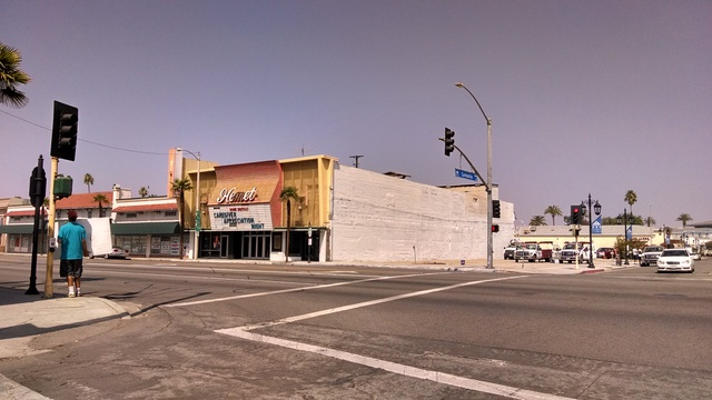 Repainting of the Hemet Theater