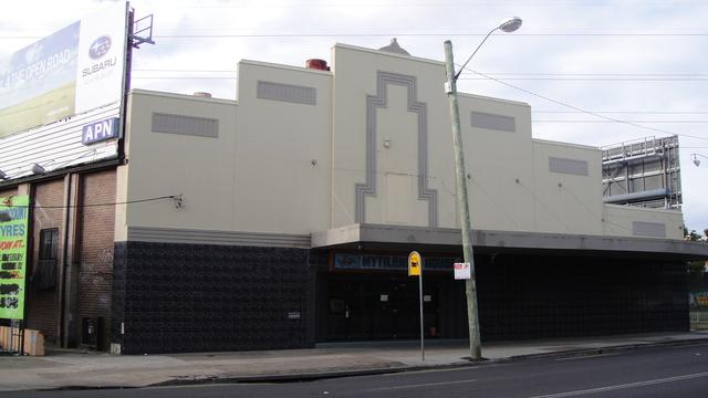 Wndsor Theatre