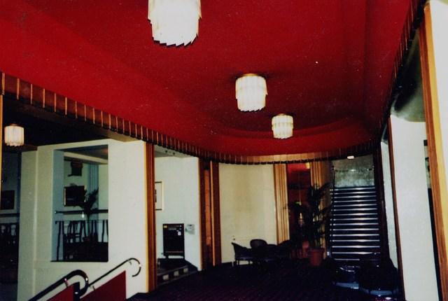 circle foyer