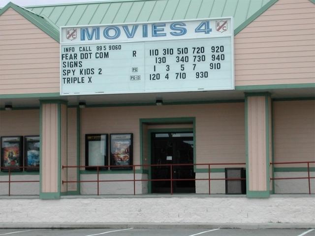 R/C Hatteras Island Plaza Movies 4